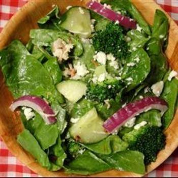 Spinach Ranch SaladSpinach Salad, Chicken Salad, Ranch Salad, Ranch Dresses, Red Onions, Salad Recipe, Chicken Yummy, Maine Dishes Salad, Spinach Ranch