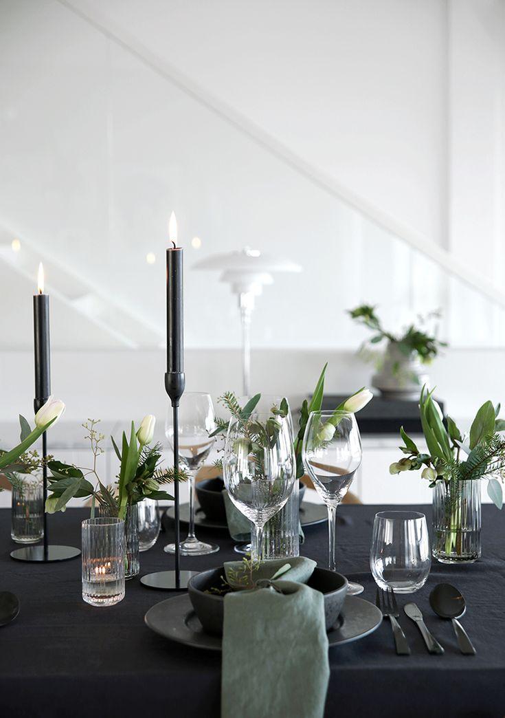 Christmas tables setting