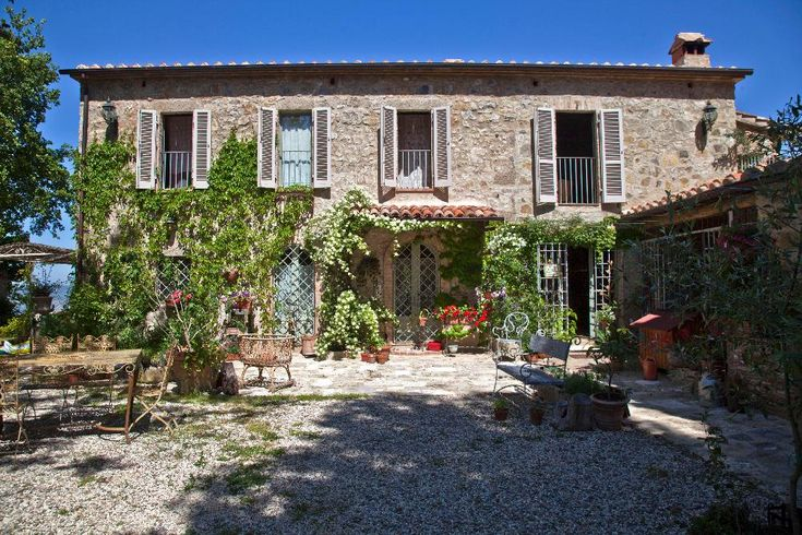 Dream House in the Countryside € 2470000