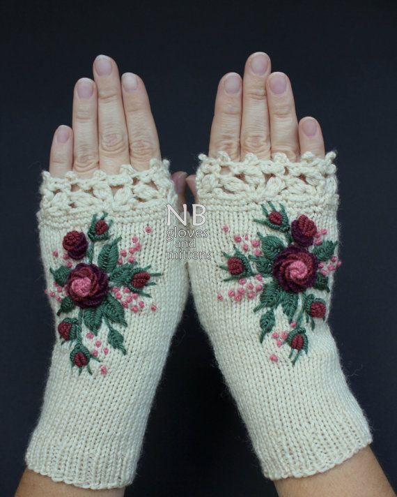 Knitted Fingerless Gloves Ivory Burgundy by nbGlovesAndMittens