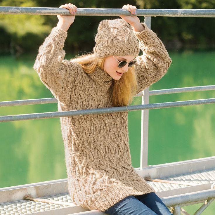 Свитер с плетеным узором