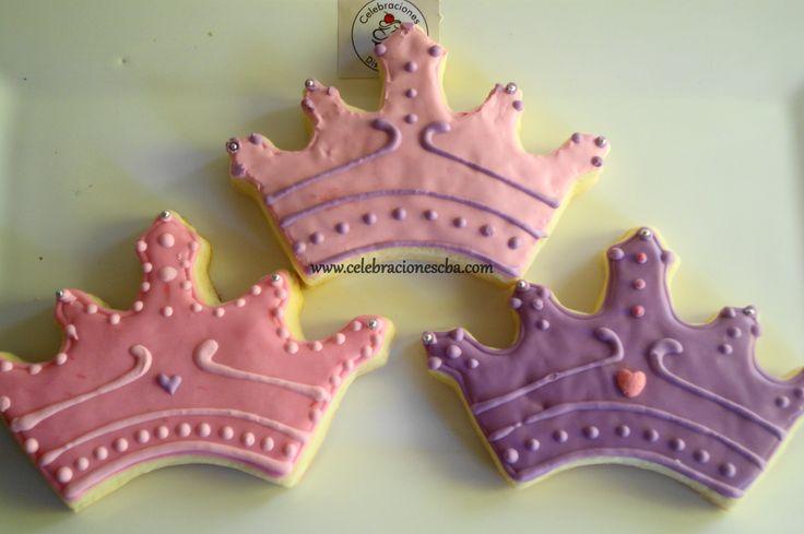 Coronas de Princesa en lila y rosa. www.celebracionescba.com.ar ...
