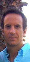Nacho Jaén, es todo un apasionado de las prácticas deportivas, la salud y el bienestar. Entre sus ocupaciones destaca su labor como entrenador de triatlón y natación, así como el coaching deportivo, siendo también especialista en psicología deportiva. Destacado medallista de bronce en la World Peace Cup, Nacho Jaén pondrá al servicio de los usuarios de Vestidia todos sus conocimientos sobre el deporte, la actitud y su desarrollo.