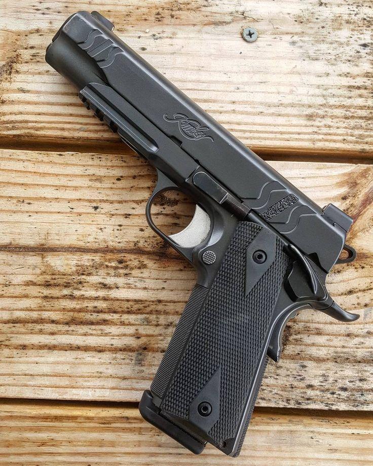 Kimberly SIS .45 1911 #kimber #1911 #sis #kimbersis #tactical #igmilitia #molonlabe #pewpewpew ...