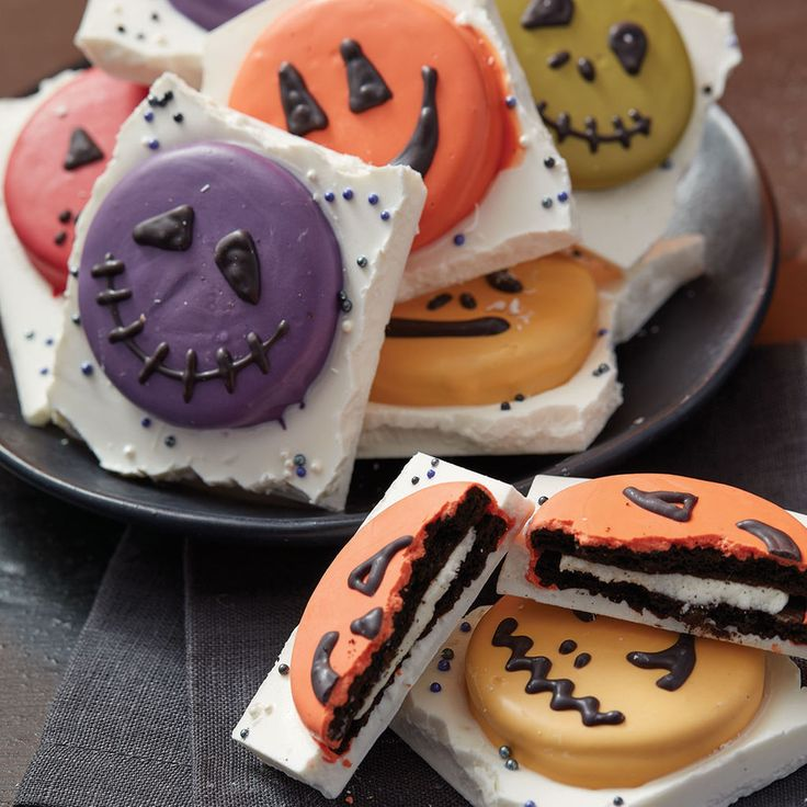 make these fun and frightening easy faces halloween bark cookies - Halloween Bakery Ideas
