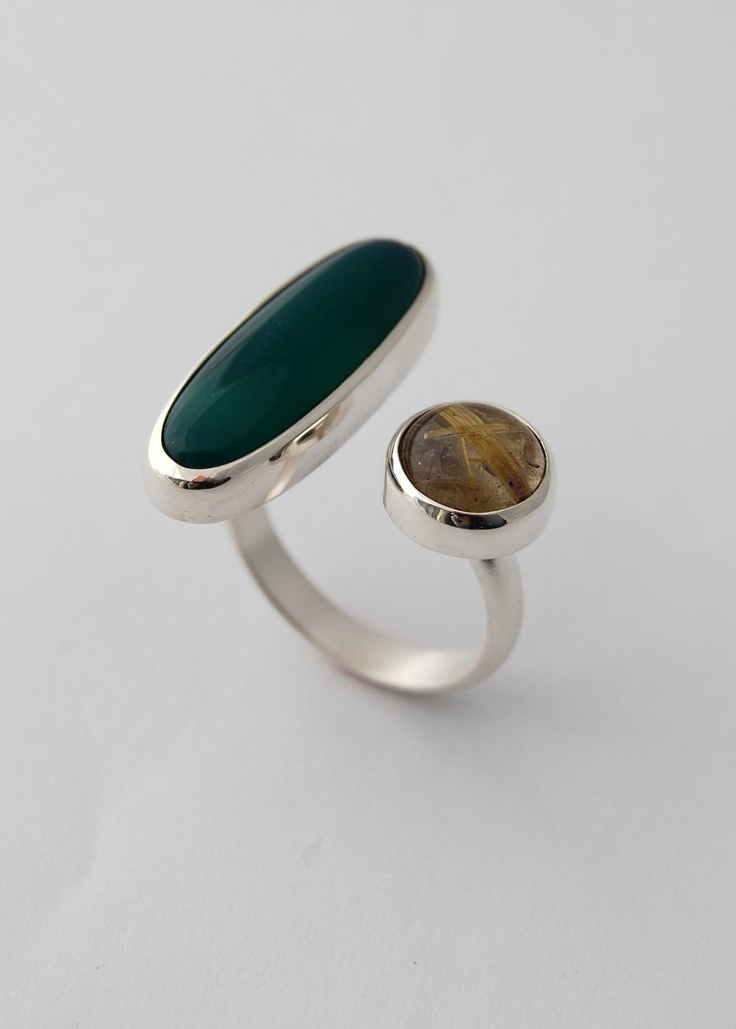 Split Ring Sterling silver ring with green agate by LucieVeilleux