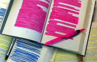 "Five close reading strategies to support the Common Core  How to explain highlighting ""the important stuff""."