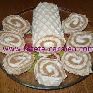 Rulada de napolitane cu crema de nuca de cocos
