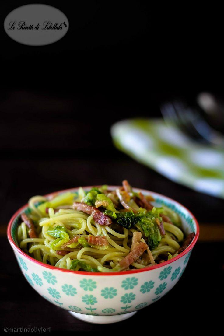 spaghetti aglio, olio, peperoncino, cavolo e speck