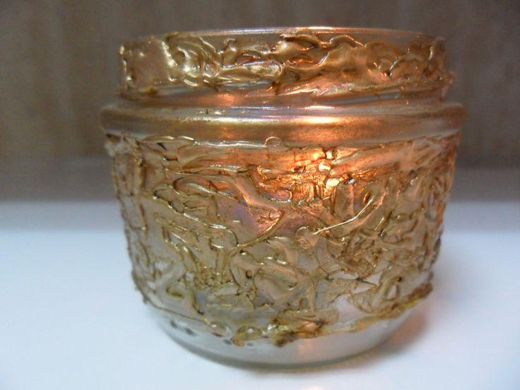 Portavelas reciclando envases de cristal y decorando con - Manualidades con silicona ...