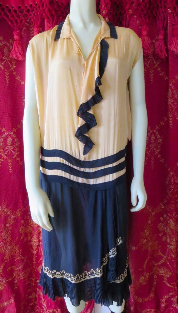 Antiguo melocotón de vestido Flapper de los años 1920 y Marina seda plisada falda ES busto 34
