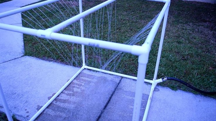 This clever man just solved everyone's biggest pet problem with PVC pipe (watch it in action!)