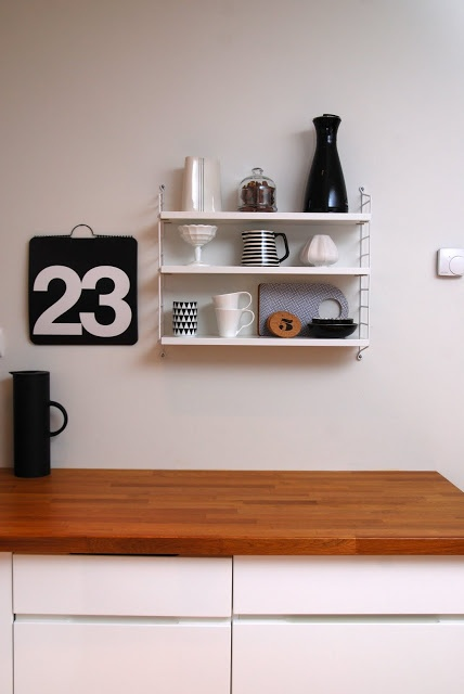 I am pretty sure that a String Pocket shelf will find its way to our kitchen soon...
