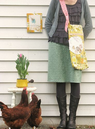 Dottieangel: farm life with vintage style. Love the dark chickens