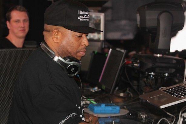 DJ Premier & Royce Da 59 - Score The Theme Song To NBA Countdown (Video)