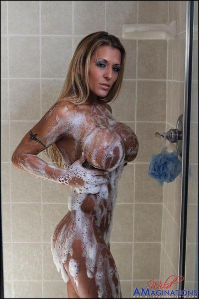 Vegas girl shows nude-1719