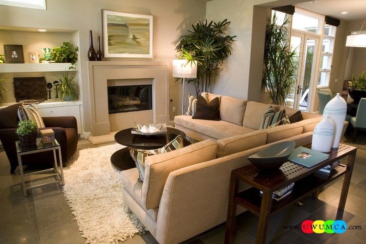Decoration decorating small living room layout modern for Family room furniture layout tv fireplace