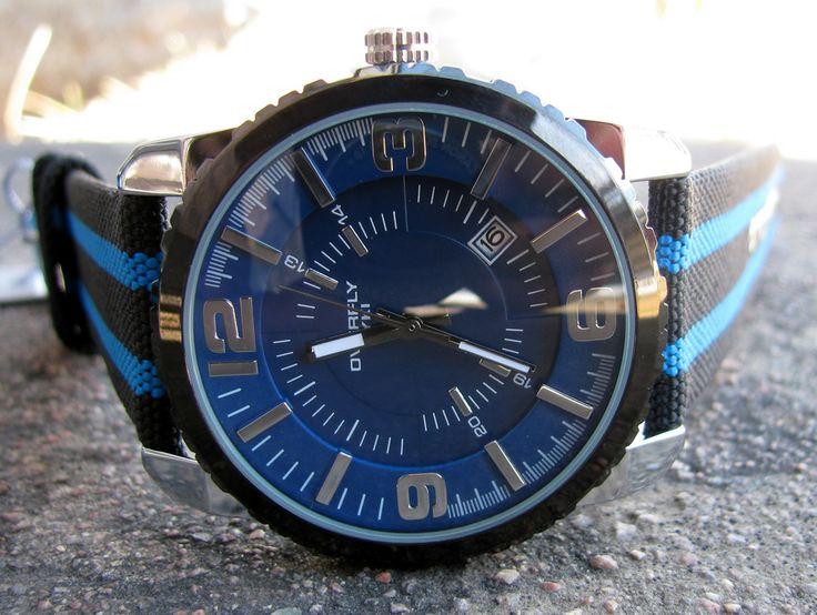 Armbandsur Eyki - Overfly Stripes (blå/svart) #eyki #kimio #sportklocka #sportklockor #armbandsur #klocka #klockor #herrklocka #herrklockor #runns #watch #watches #nato #natoband #overfly