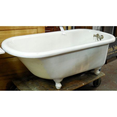 Sharing is caring!  P14006 - Antique Late Victorian Claw Foot Tub #https://www.pinterest.com/munlimited/