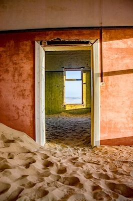 Marianne Brattberg - The view, beach house, photograph, sand, colourful walls