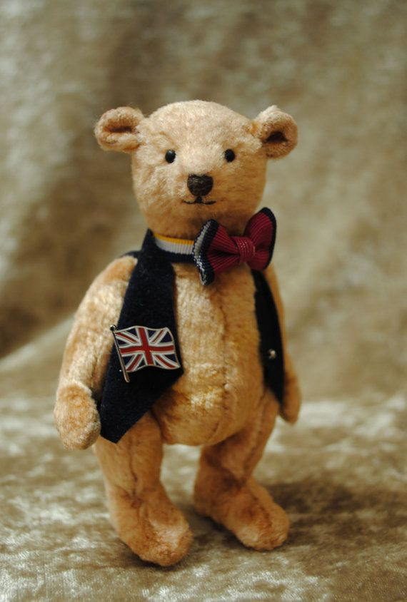 Winterschlussverkauf Edward Miniatur Teddy Bär von JunJunLittleBear