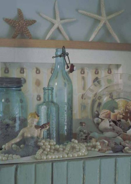 Love the pearls surrounding the mermaid!@Diane Haan Lohmeyer Haan Lohmeyer Thoman