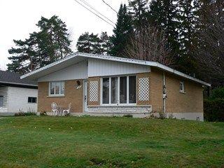 Maison à vendre - 1085 Rue Bernadette, Acton Vale, QC J0H 1A0 - No. MLS® 12336670