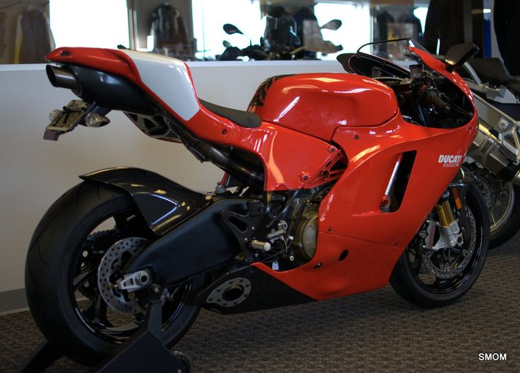 478 best ducati superbikes images on pinterest sportbikes ducati motorcycles and car. Black Bedroom Furniture Sets. Home Design Ideas