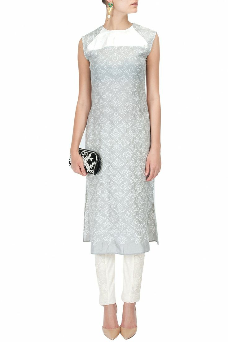 Grey bandhani silk tunic by RAHUL MISHRA. Shop the designer now at: http://www.perniaspopupshop.com/designers-1/rahul-mishra  #perniaspopupshop #rahulmishra #collection #designer #shopnow #style #fashion #runway #update #chic