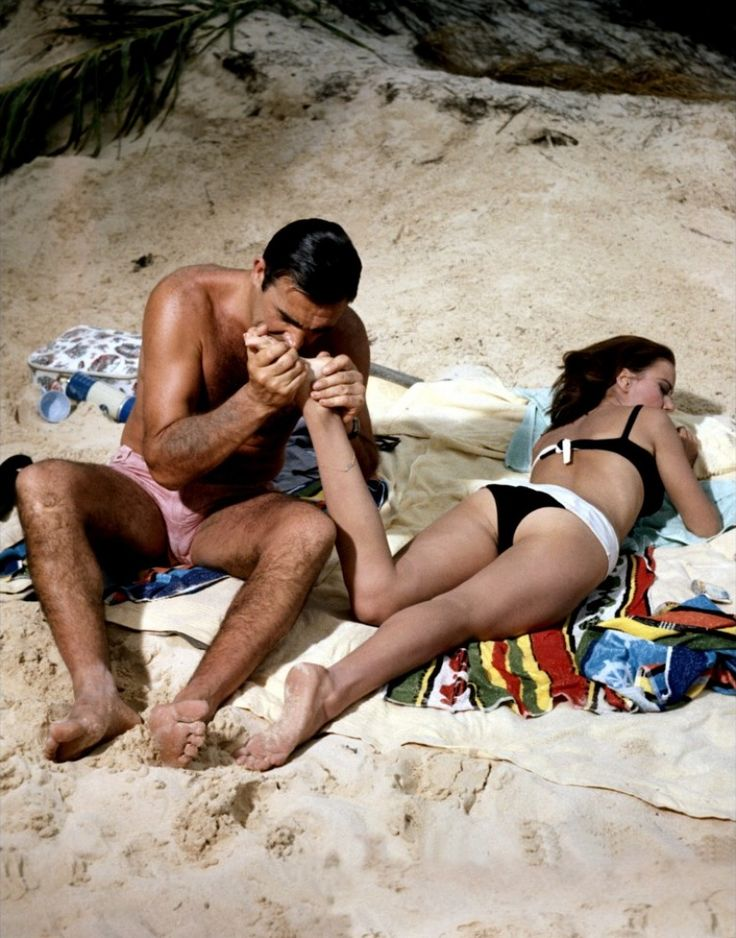 Sean Connery and Claudine Auger (Thunderball - 1965)