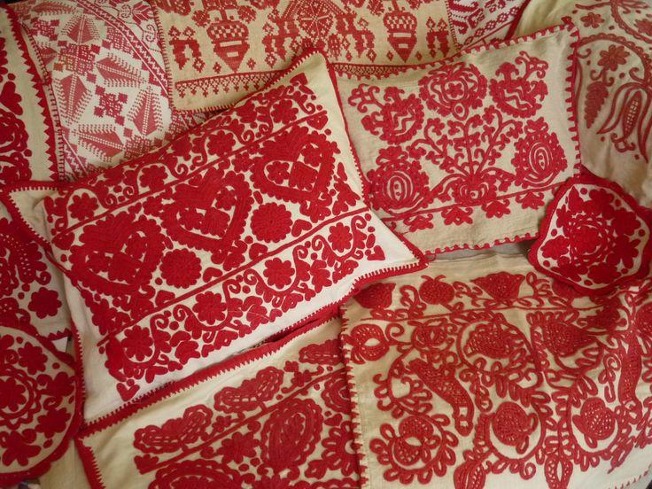 Kalotaszeg (a region in Transylvania, Romania) embroidery