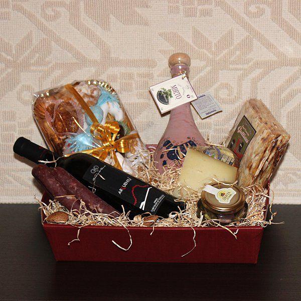 Girgolu, cesti regalo con prodotti tipici sardi - SardinianStore. Prodotti Tipici Sardi