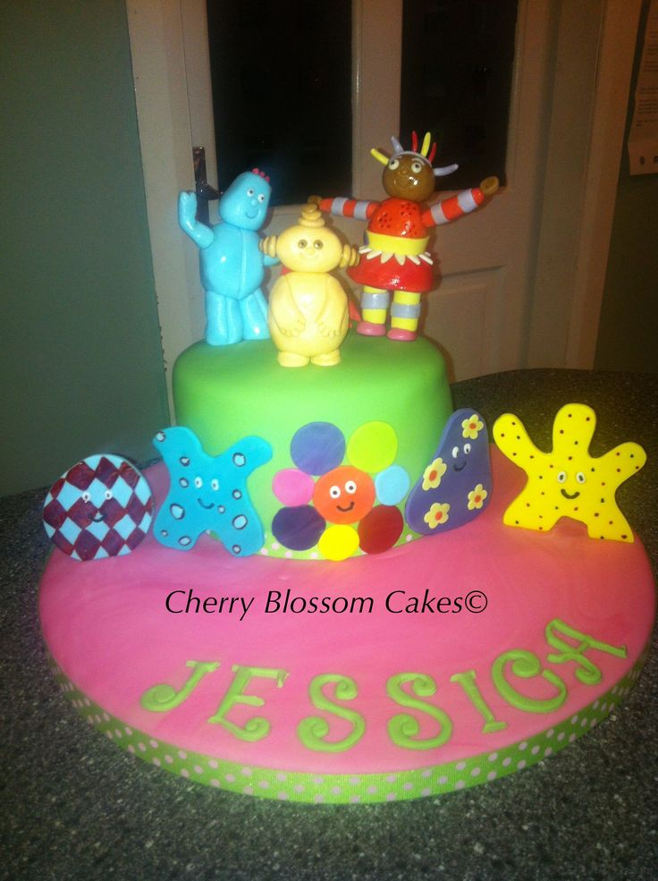 20 best images about night garden on pinterest chocolate for In the night garden cakes designs