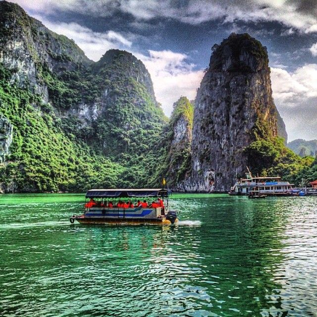 // v i e t n a m // Crusing around world heritage #halongbay. Photo taken by ultimate.travel #vietnam #boat #cruise #bay