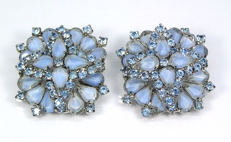 Vintage Estate Layered Clip On Earrings Frosted Blue Pear Rhinestones 1-3/8"