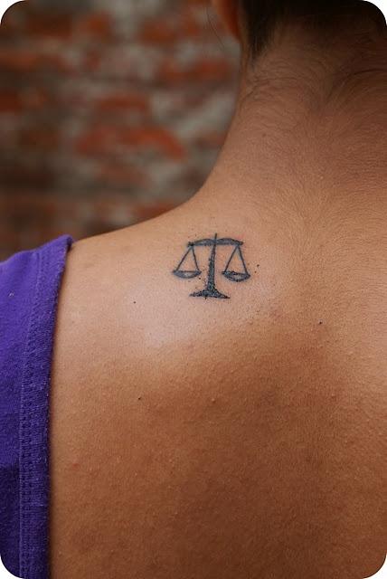 justice scale/ libra