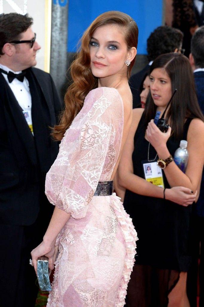 Барбара Палвин в красивом платье