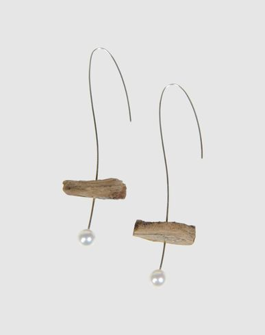 earrings by laura contri