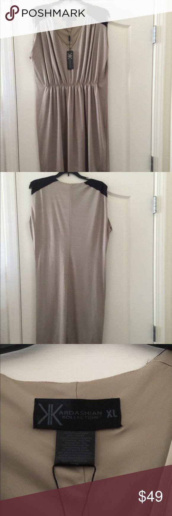 KARDASHIAN KOLLECTION GOLD/BLACK DRESS Gold and black Kardashian Kollection Dresses