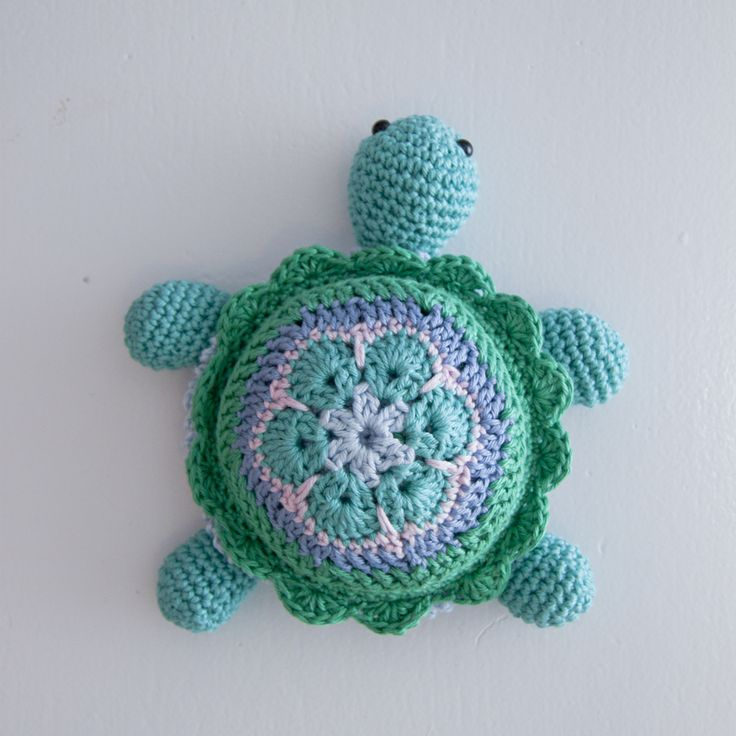 Crochet Pattern Amigurumi Turtle : Best 20+ Crochet turtle pattern ideas on Pinterest