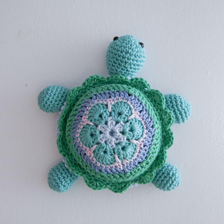 #crochet, free pattern, turtle, amigurumi, hexagon flower, #haken, gratis patroon (Engels), schildpad, speldenkussen