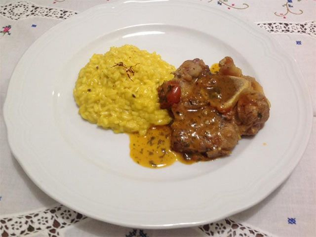 Risotto alla Milanese con Ossobuco in Gremolada | Le Ricette di Stefano Barbato