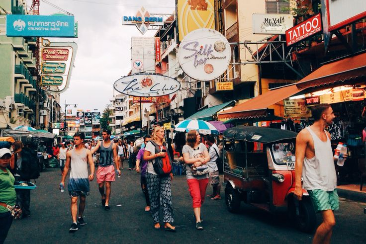 Khaosan road at noon