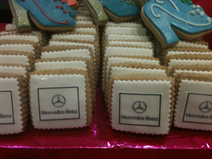 What better favor than a cookie with your company logo for guests to take as they leave your Corporate Event?
