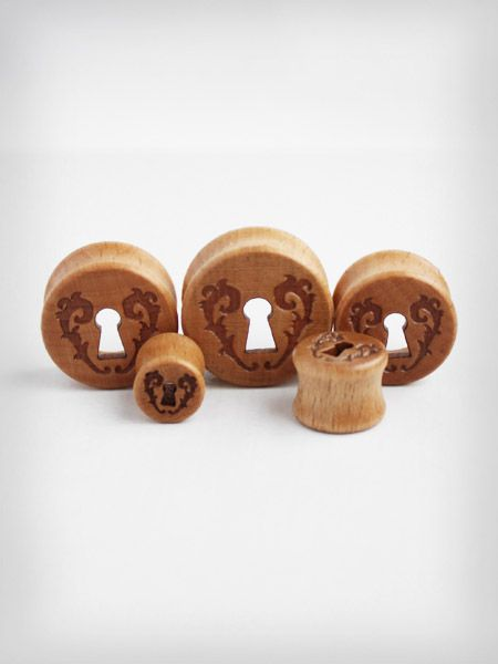 glovestar sklep plugi tunele drewno drewniane wnderland plugs earplugs girls with plugs 1