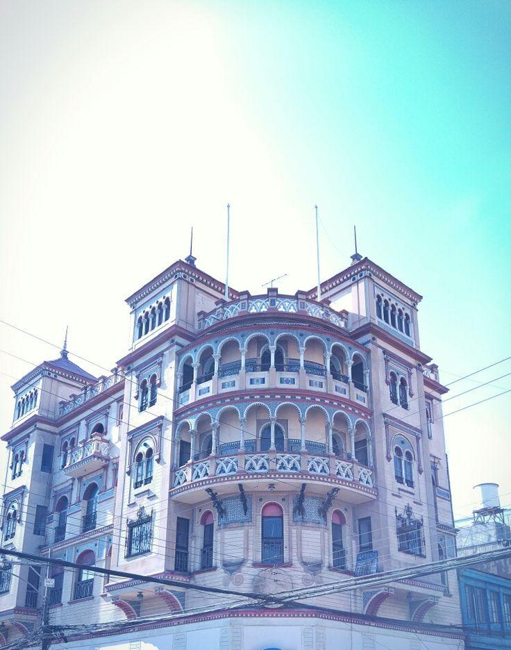 Fachada antigua en centro de Antofagasta.