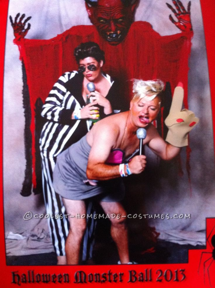 Hilarious Gender-Bend Couple Costume: Miley Twerk It and Robin Thicke... This website is the Pinterest of costumes