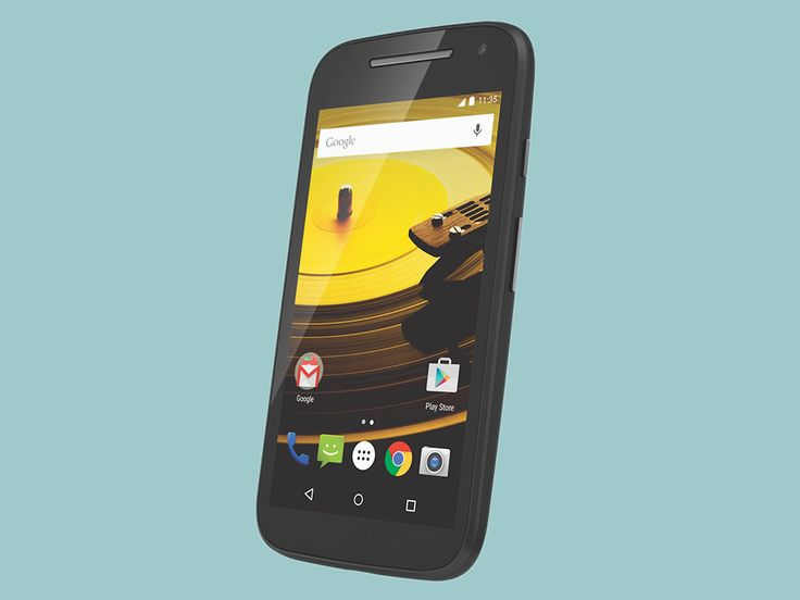 Motorola's commitment to choice goes much further than letting you color your own Moto X. The way the company sees it, owning a smartphone at all should be a choice—and the Moto E was built explicitly to make that choice easier. It's made to be one thing, and one thing only: cheap as hell. Today,…