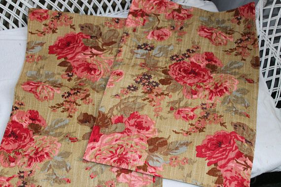 2 Table cloth pads serving napkin place holder dinner rose shabby Victorian style Placemat