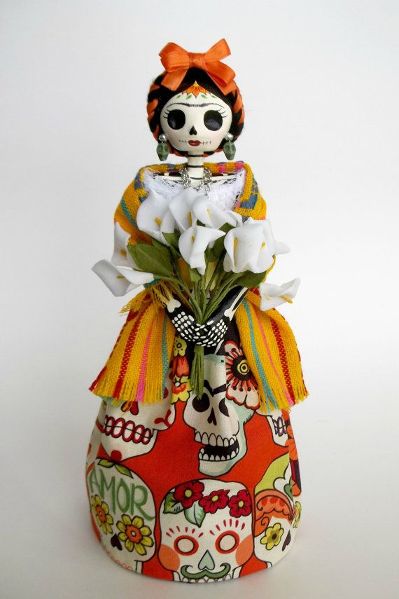 Frida Kahlo con alcatraces Paper Mache Catrina Doll. by LaCasaRoja